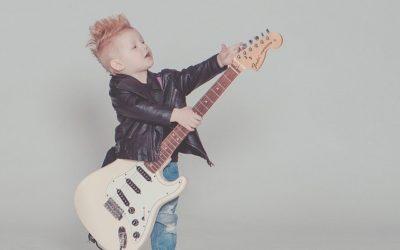 Die besten 3/4 E-Gitarren für Kinder