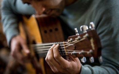 11 Gitarrenlieder zum Zupfen für Anfänger