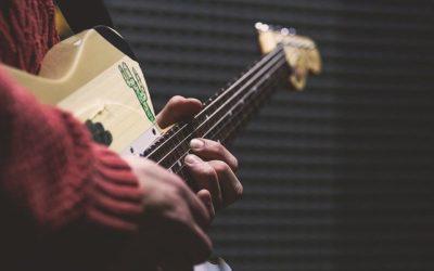 4 E-Gitarren für kleine Hände, dünne Hälse – dicker Sound!