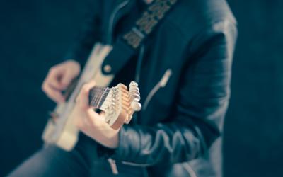Powerchords auf der Gitarre lernen (anfängerfreundlich)
